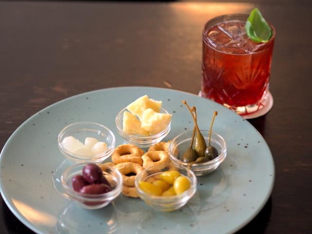 Negroni Bar Muenchen Cocktailbar Haidhausen Franzosenviertel Steakhaus Italienisch American Sedanstr